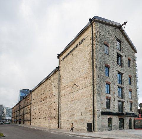 Rotermanni tehase elevaatorihoone. Foto Tõnu Tunnel