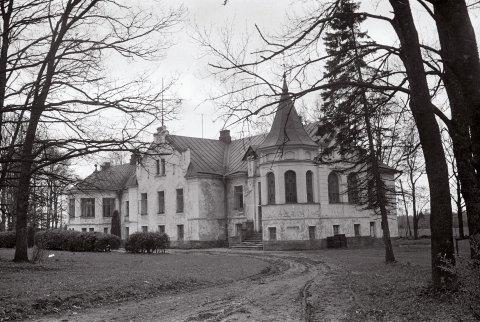 Eivere mõisa peahoone, foto Veljo Ranniku 1969.