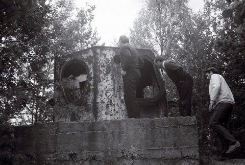 Veljo Ranniku fotokogu,Teise Maailmasõja kindlustuse kaugusmõõdiku soomustorn Tahkunas