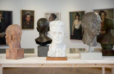 """Eelmise aasta parim ajutine näitus """"Pallas 100. Kunstikool ja kultus"""". Foto Hedi Jaansoo."""
